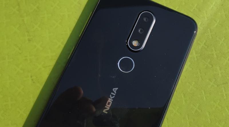 בדיקה מקרוב: Nokia X6 – מכשיר ביניים כיף לשימוש שנותן תחרות יפה