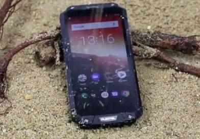 המרצת פתיחה: Oukitel WP2 טלפון שטח קשיח מושקע וכבד עם סוללה גדולה במיוחד