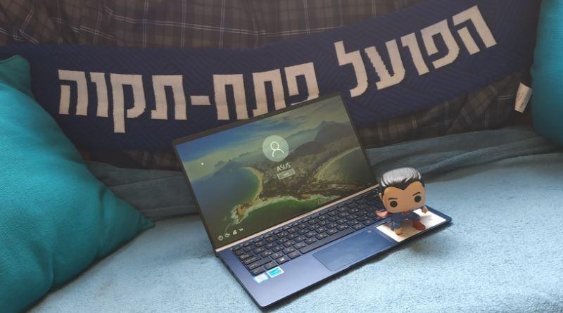 מחשב בסקירה: Asus ZenBook 13 UX333F – לא רק בגלל שהוא יפה, אבל זה ממש לא מזיק